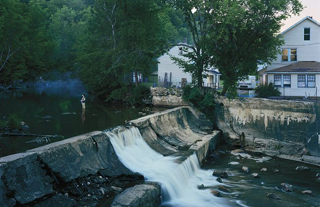 gregory-crewdson-river-2