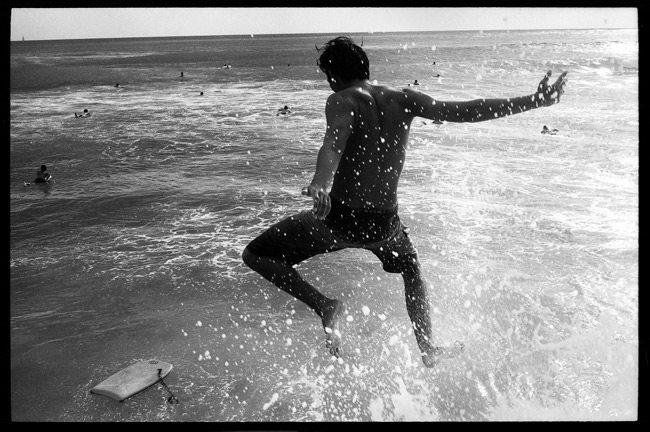 Roll-12-Surf-Jumper-Tavis-Leaf-Glover