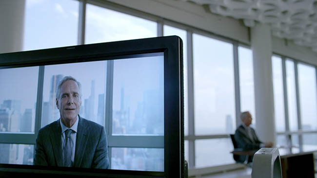 http://www.ipoxstudios.com/wp-content/uploads/2016/12/Mastering-Composition-Cinema-Analyzed-Mr-Robot-tv-series-screenshot060.jpg