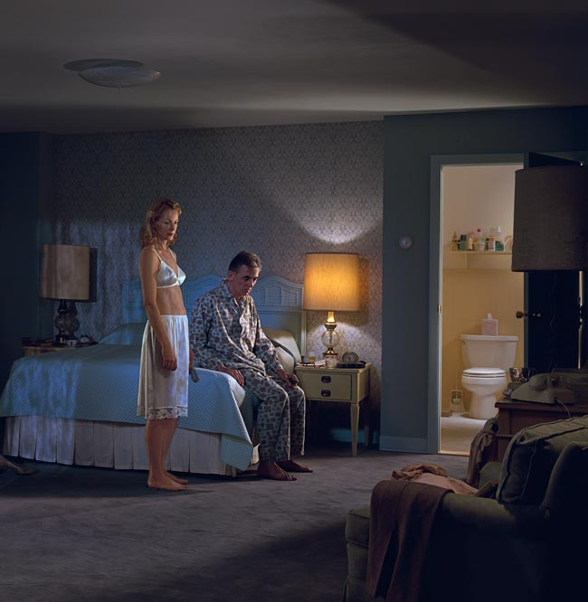 Law-of-Proximity-gestalt-psychology-technique-photo-by-gregory-crewdson-closer