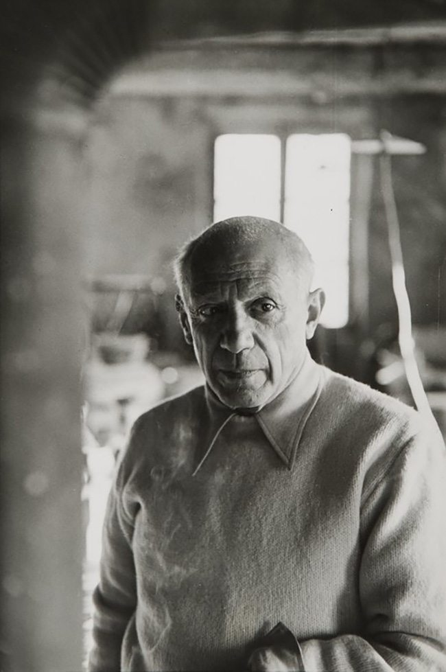 Mastering Composition - Henri Cartier-Bresson using Dynamic Symmetry - Proof-033-Picasso